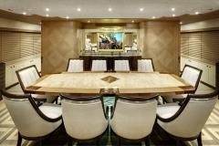 AY43LA-Dining
