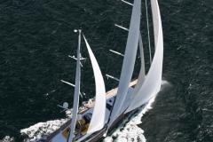 Mond_sailing2